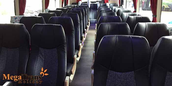 Interior Sewa Bus SHD di Bandung Murah Armada Baru