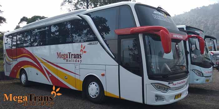Sewa Bus SHD di Bandung Murah Armada Baru